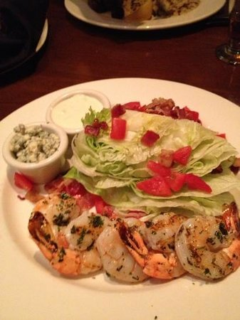 The Keg : wedge salad with grilled shrimp and dressing on the side