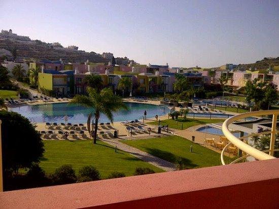 Apartamentos Turisticos da Orada: view of pool from our apartment