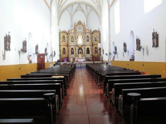 El Atrio del Convento de Izamal: The beautiful altar