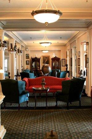 The 1927 Lake Lure Inn and Spa: Lobby