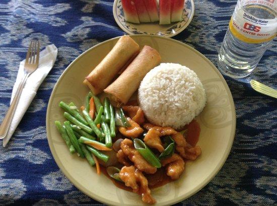 Benarat Inn: Food was excellent