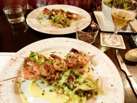 Chez kako : Skewered shrimp and scallop-wish there is more