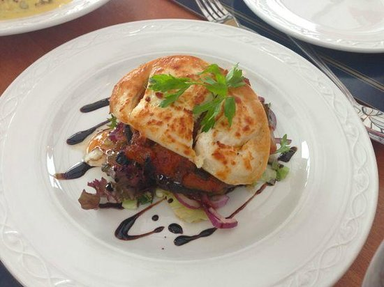 Sannox Bay Hotel  & Restaurant: Mushroom goat cheese starter