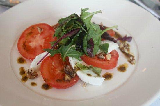 The Douglas Hotel Bistro: Plum Tomato & Mozzarella Salad, Walnut & Basil Pesto