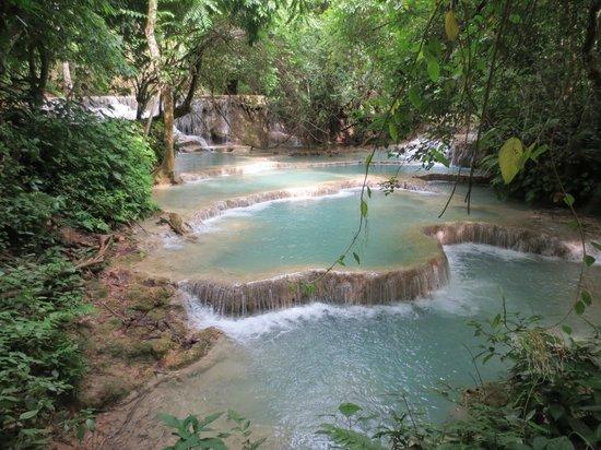 لوانج برابانج, لاوس: Kuang Si Falls