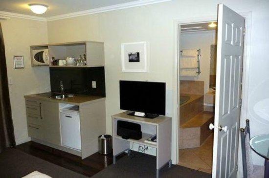 Silver Fern Rotorua - Accommodation and Spa: Standard Studio(Kitchen)