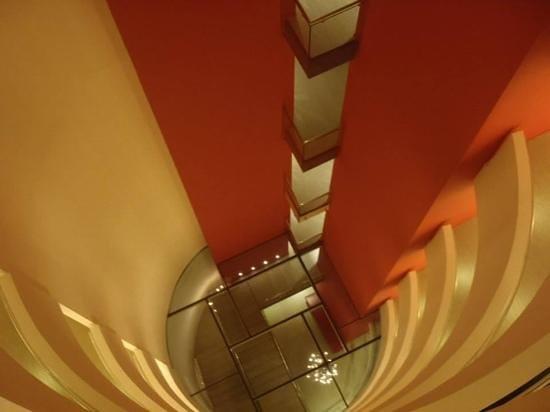 Hotel Cram: stairwell view