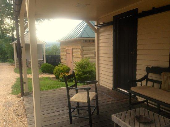 The Inn at Mount Vernon Farm: private room/bldg