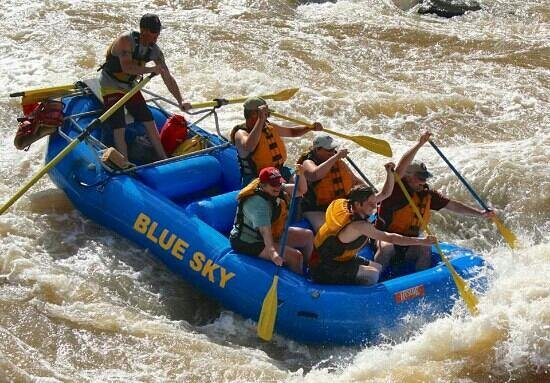 Blue Sky Adventures : Whitewater on the Colorado River