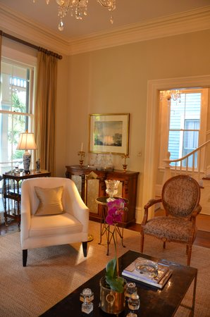 Catherine Ward House Inn: Living area