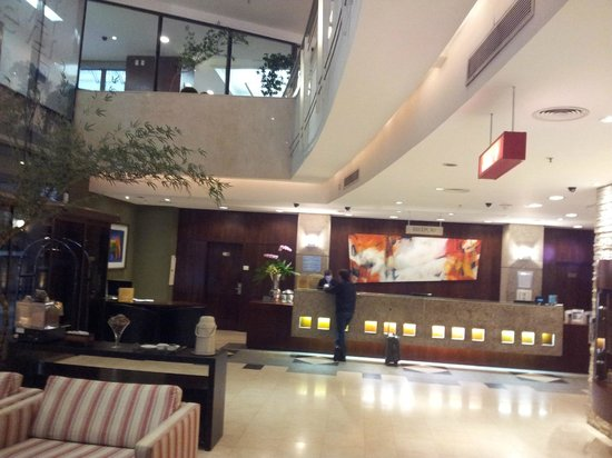 Four Points by Sheraton Curitiba: Lobby of the hotel