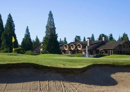 Semiahmoo Golf & Country Club clubhouse - bunker