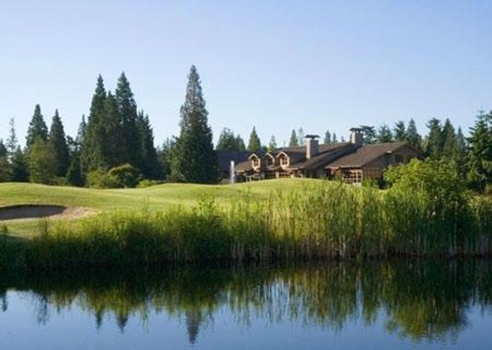 Semiahmoo Golf & Country Club clubhouse - water
