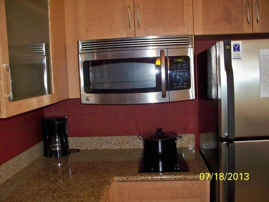 Residence Inn Orlando Lake Mary: Stainless Steel Appliances