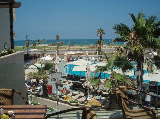 Dan Panorama Tel Aviv: View from the dining room balcony.