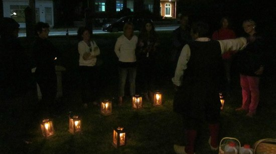 Annapolis Royal Lighthouse: Acadian Candlelight Tour