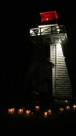 Annapolis Royal Lighthouse : Acadian Candlelilght Tour