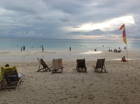 Nigi Nigi Nu Noos E Nu Nu Noos : beach area