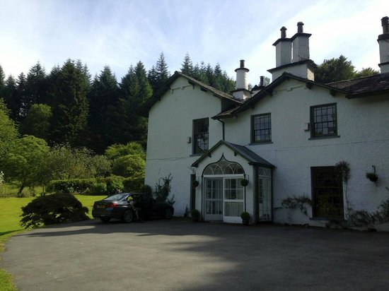 Foxghyll Country House B&B: Front of house