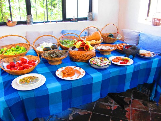 Mexican Home Cooking School of Puebla Cuisine and B&B: More lunch displays.