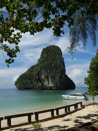 Rayavadee Resort: Phra Nang beach
