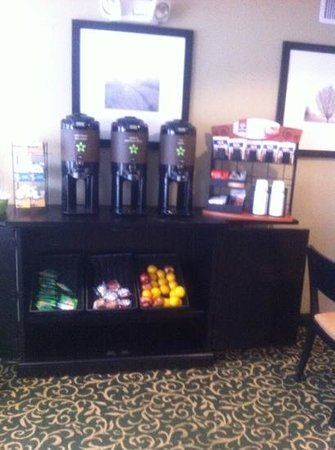 Extended Stay America - Charleston - Airport: breakfast is served....