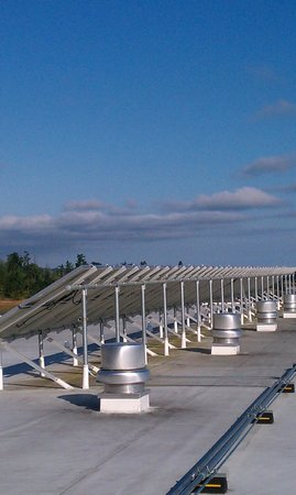 Holiday Inn Express Hotel & Suites North Sequim : Solar panels!