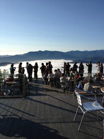 Hoshino Resort Tomamu: 雲海テラスの朝