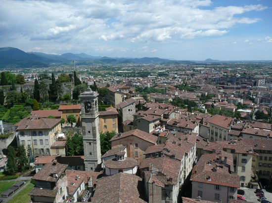 Torre del Gombito: Great day visit to Bergamo.