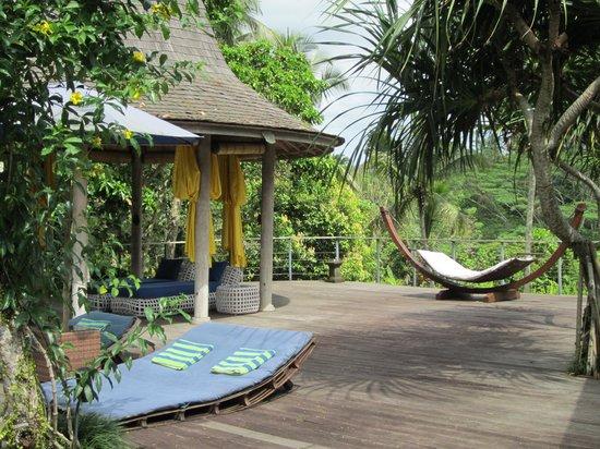 Pandawas Villas: Gorgeous poolside area