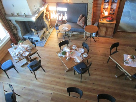 Storfjord Hotel: dining room from balcony