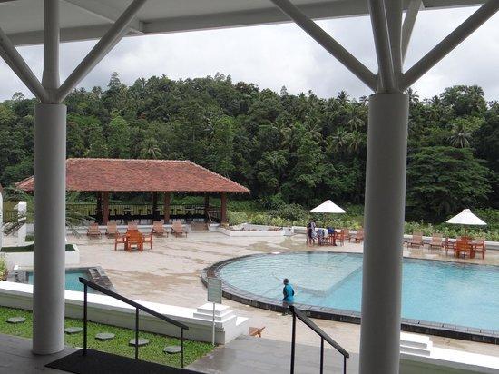 Pool picture of cinnamon citadel kandy kandy tripadvisor for Swimming pool trade show barcelona
