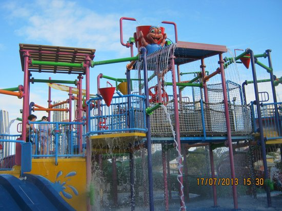 ‪بارادايس ريزورت جولد كوست: Older Kids Water play area‬