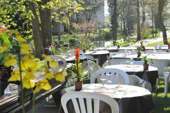 Stan' traiteur Restaurant : terrasse d'été