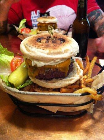Diablo Burger : The Blake