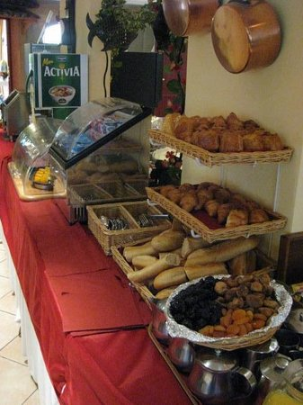 BEST WESTERN Cannes Riviera & Spa: Breakfast choices