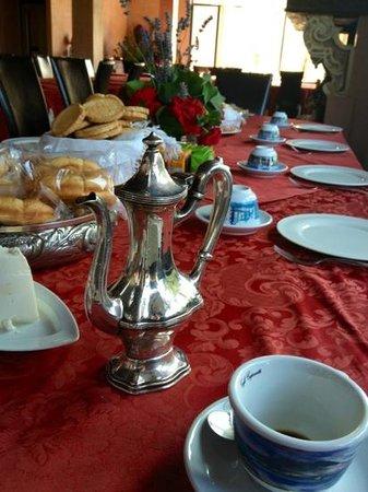 La Chiesuola: il caffe' del mattino...elegante