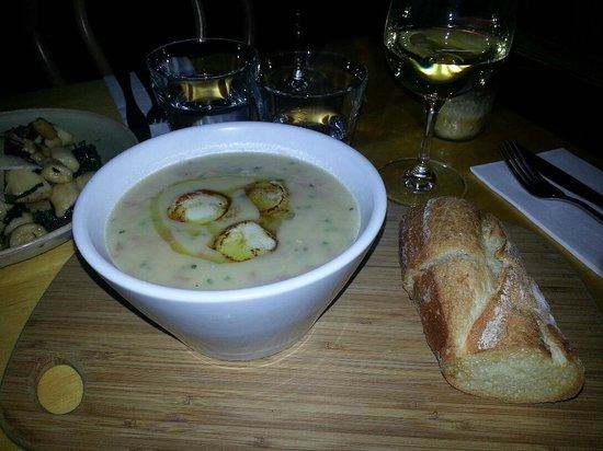 Walker Bros Wine bar: Cauliflower, ham hock and scallop soup