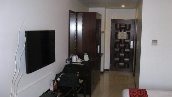 The Fern Residency, Rajkot: Winter green room