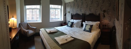 Morton Hotel : Bloomsbury bedroom