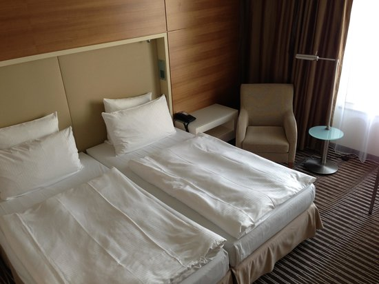 Pullman Berlin Schweizerhof: The bedroom
