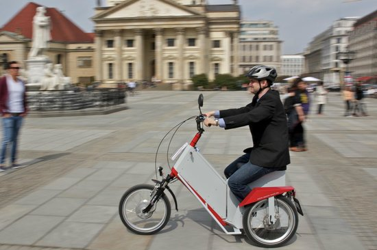 Enjoy-Berlin Private Tours: .....or relax while your cruising on a Spoos-weel