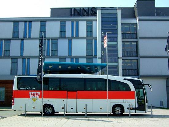 INNSIDE Bremen Hotel: ...und wenn der VFB da ist, ist es (für den Schwaben) noch schöner! :-)
