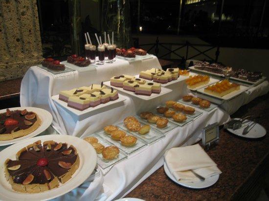 La cevicher a picture of fiesta americana condesa for Americana cuisine