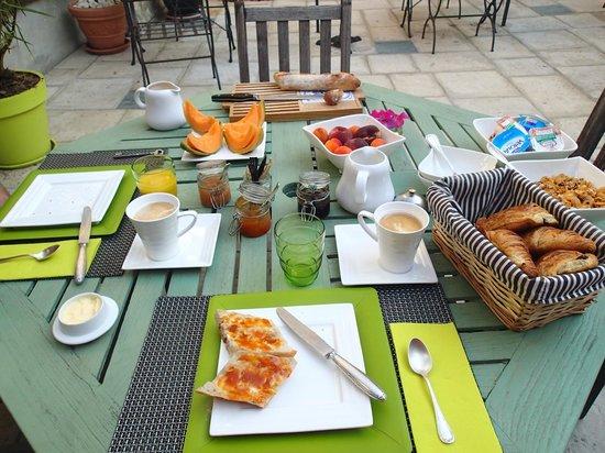 Hôtel Côté Cour : la colazione