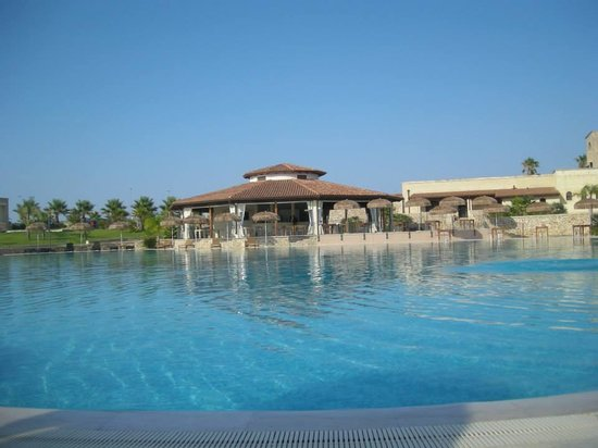 Ristoppia Resort : la piscina