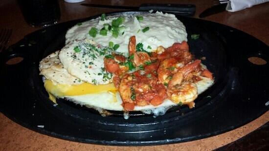 TGI Friday's: Sizzling chicken