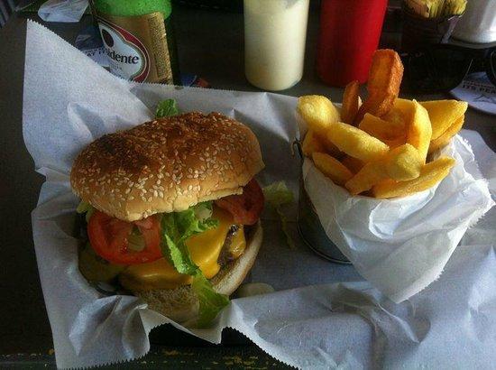 Vesna Taverna: cheeseburger