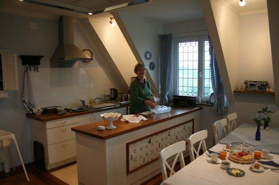 Klein-Holland Gastehaus: Heerlijk ontbijt in de sfeervolle ontbijtkamer