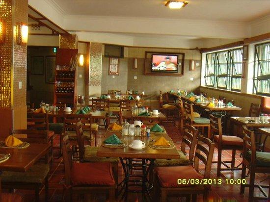 Kenya Comfort Hotel: Dining